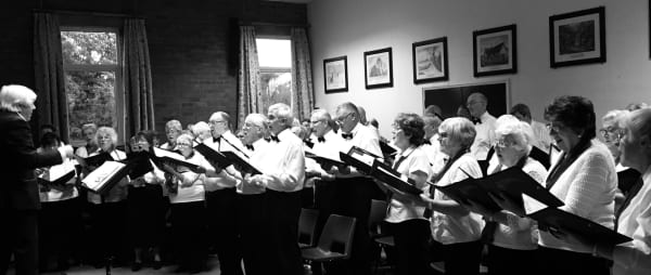 Tadley Singers raise over £1,900